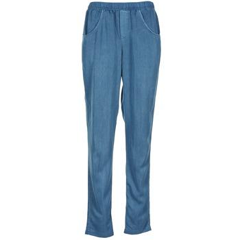 Oblečenie Ženy Padavé nohavice Vero Moda AMINA Modrá