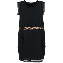 Oblečenie Ženy Krátke šaty See U Soon MOREPEN Čierna