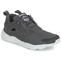 Topánky Muži Nízke tenisky Reebok Classic FURYLITE SP šedá / Biela