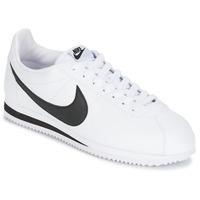 Topánky Muži Nízke tenisky Nike CLASSIC CORTEZ LEATHER Biela / čierna