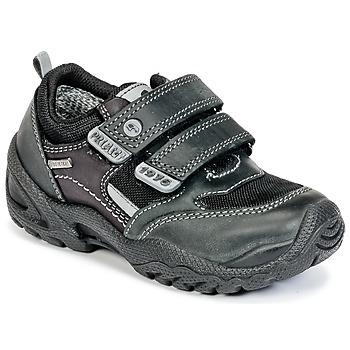 Topánky Chlapci Nízke tenisky Primigi FAUSTO GORE-TEX čierna