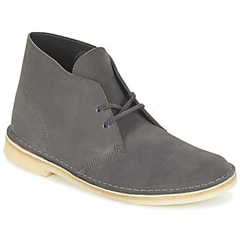Topánky Muži Polokozačky Clarks DESERT BOOT šedá