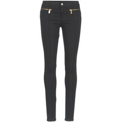 Oblečenie Ženy Nohavice päťvreckové Versace Jeans TOLKALA čierna