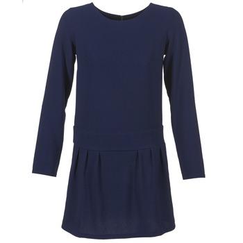 Oblečenie Ženy Krátke šaty Betty London FABIAME Námornícka modrá