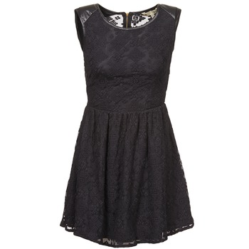 Oblečenie Ženy Krátke šaty Yumi KIMI Čierna