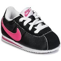 Topánky Dievčatá Nízke tenisky Nike CORTEZ NYLON TODDLER čierna / Ružová
