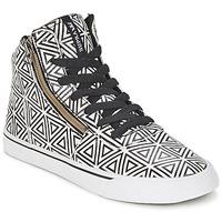 Topánky Ženy Členkové tenisky Supra CUTTLER Biela / čierna