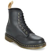 Topánky Polokozačky Dr Martens VEGAN 1460 čierna