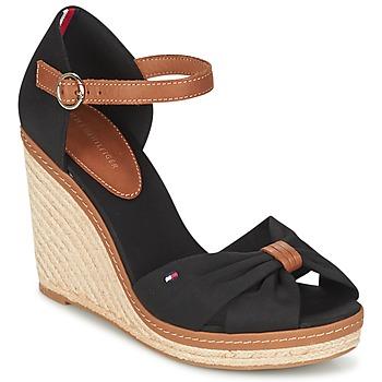 Topánky Ženy Sandále Tommy Hilfiger ELENA 56D Čierna / Hnedá