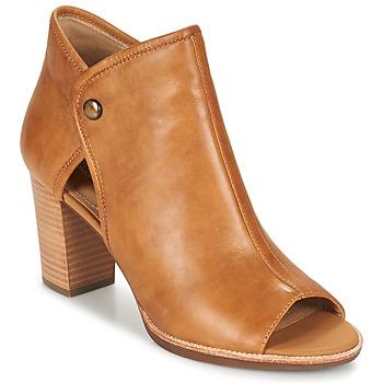 Topánky Ženy Sandále Geox N.CALLIE B Curry