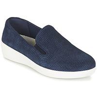 Topánky Ženy Slip-on FitFlop SUPERSKATE (PERF) Námornícka modrá