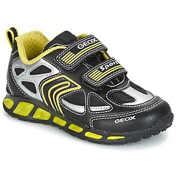 Topánky Chlapci Nízke tenisky Geox J SHUTTLE B. A čierna / žltá