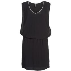 Oblečenie Ženy Krátke šaty Naf Naf LYLOMA Čierna