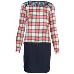Oblečenie Ženy Krátke šaty Naf Naf KLEMS Námornícka modrá / červená