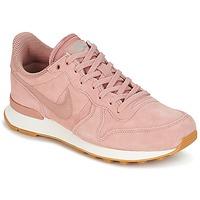 Topánky Ženy Nízke tenisky Nike INTERNATIONALIST SE W Ružová