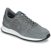 Topánky Muži Nízke tenisky Nike AIR VORTEX LEATHER šedá