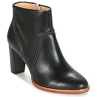 Topánky Ženy Čižmičky Clarks ELLIS BETTY čierna