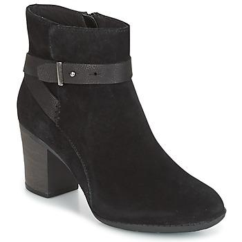 Topánky Ženy Derbie Clarks ENFIELD SARI Čierna / Suede