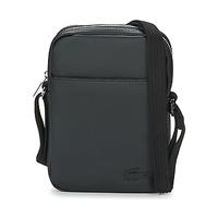 Tašky Muži Vrecúška a malé kabelky Lacoste MEN'S CLASSIC Čierna
