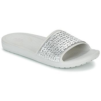 Topánky Ženy športové šľapky Crocs SLOANE GRAPHIC ETCHED SLIDE W Biela / Strieborná