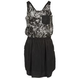 Oblečenie Ženy Krátke šaty School Rag ROXANA čierna