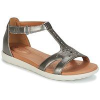Topánky Ženy Sandále Clarks UN REISEL MARA Strieborná