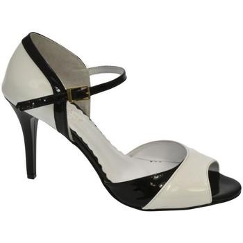 4559e520f6c1 Topánky Ženy Lodičky John-C DÁMSKE ELEGANTNÉ ČIERNO BIELE SANDÁLE KARLOTA  biela