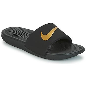 Topánky Deti športové šľapky Nike KAWA GROUNDSCHOOL SLIDE Čierna / Zlatá