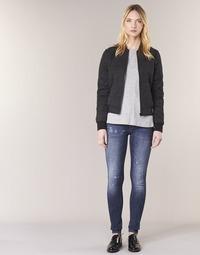 Oblečenie Ženy Džínsy Skinny G-Star Raw D-STAQ 5 PKT MID SKINNY Medium / Aged / Restored