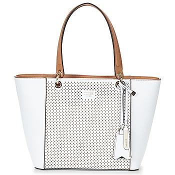 Tašky Ženy Veľké nákupné tašky  Guess KAMRYN TOTE Biela