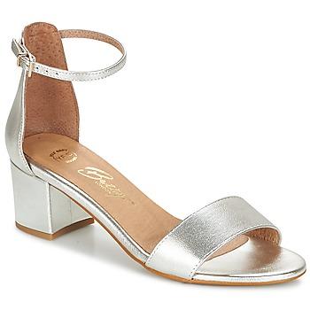 Topánky Ženy Sandále Betty London INNAMATA Strieborná
