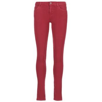 Oblečenie Ženy Džínsy Slim Guess SANSOPO Červená
