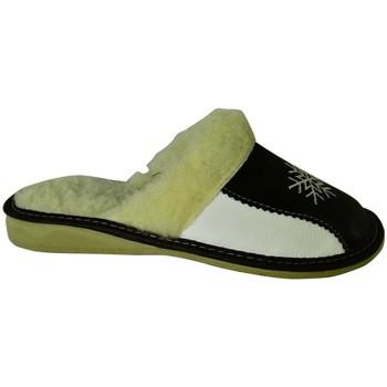 Topánky Ženy Papuče John-C Dámske bielo-čierne papuče ANTONIA čierna
