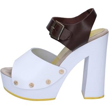 Topánky Ženy Sandále Suky Brand sandali marrone pelle bianco AC486 Marrone