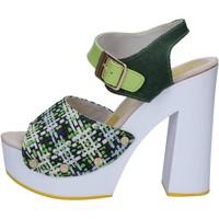 Topánky Ženy Sandále Suky Brand sandali verde tessuto vernice AC489 Verde