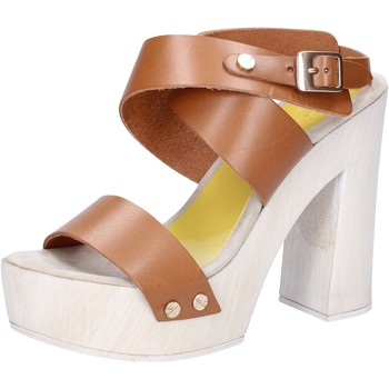 Topánky Ženy Sandále Suky Brand sandali marrone pelle AC816 Marrone