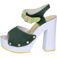 Topánky Ženy Sandále Suky Brand sandali verde tessuto vernice AB314 Verde