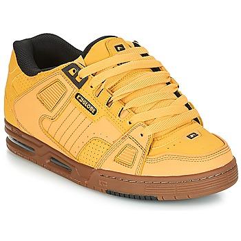Topánky Muži Nízke tenisky Globe SABRE Žltá