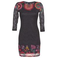 Oblečenie Ženy Krátke šaty Desigual DARINA Čierna