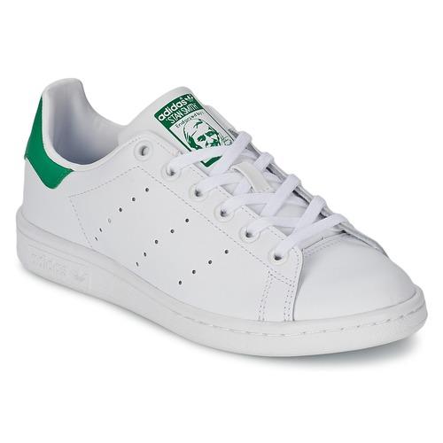 Topánky Deti Nízke tenisky adidas Originals STAN SMITH J Biela / Zelená