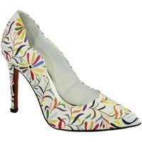 81353250b7 Topánky Ženy Lodičky John-C Dámske farebné lodičky ABENA biela