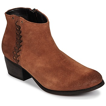 Topánky Ženy Čižmičky Clarks MAYPEARL Svetlá hnedá / Suede