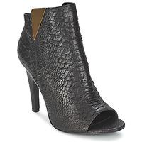 Topánky Ženy Čižmičky Vic CARVI čierna