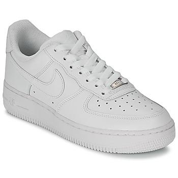 Topánky Ženy Nízke tenisky Nike AIR FORCE 1 07 LEATHER W Biela