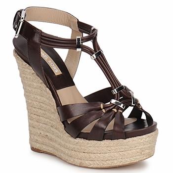 Topánky Ženy Sandále Michael Kors IDALIA Hnedá