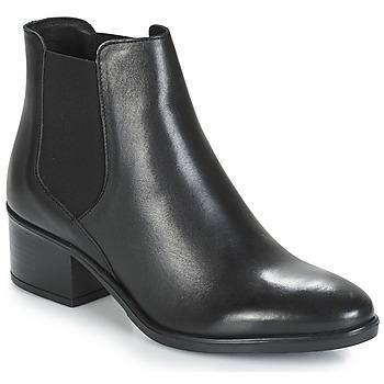 Topánky Ženy Polokozačky André TRIUMPHA Čierna