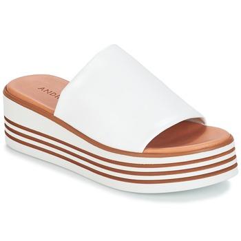 Topánky Ženy Sandále André LARRY Biela